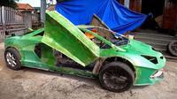 Lamborghini terbuat dari kardus (Nhet TC/ Youtube)