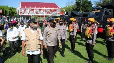 Olly saat menjadi inspektur upacara pada Apel Kesiapsiagaan Penanggulangan Bencana Tahun 2021 di Lapangan KONI Sario, Kota Manado, Sulut, Rabu (21/4/2021).