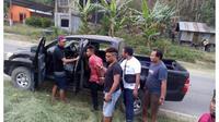 VKR, ayah dari bayi kembar yang dibunuh saat diamankan polisi di Labuan Bajo (Liputan6.com/Ola Keda)