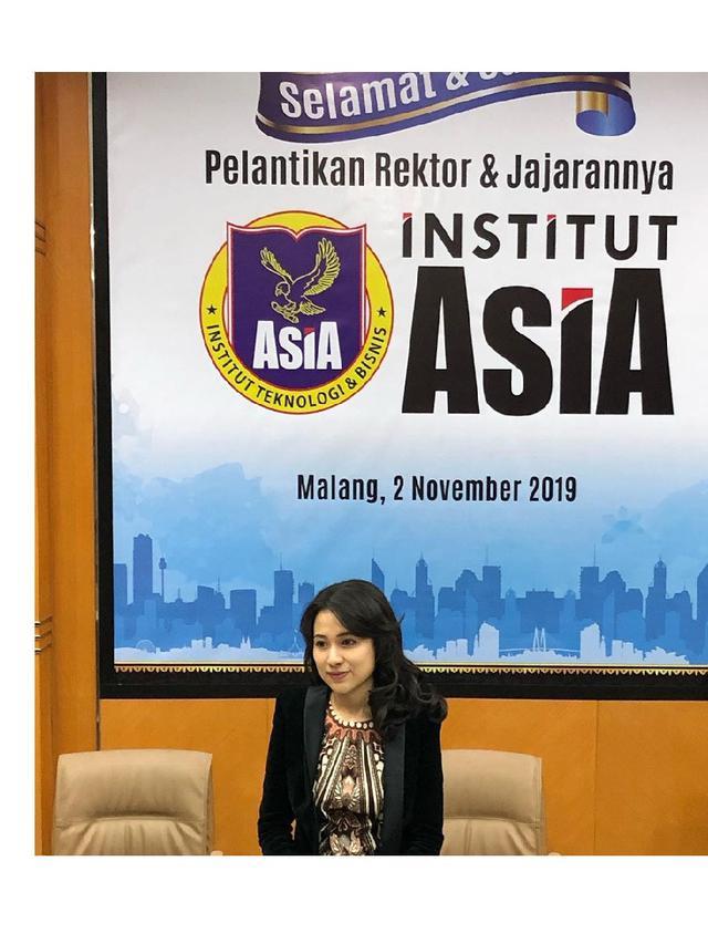 6 Pesona Risa Santoso, Rektor Termuda di Indonesia yang Berusia 27 Tahun