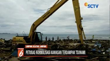 Petugas gabungan kerahkan 34 alat berat untuk normalisasi Lampung Selatan yang terdampak tsunami.