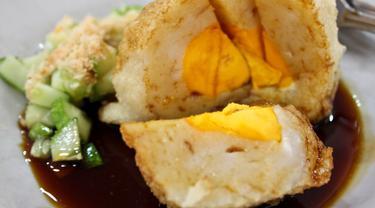 Yuk bikin pempek untuk camilan keluarga di rumah.| Via: tokomesin.com