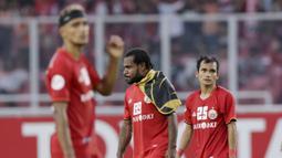 Gelandang Persija Jakarta, Riko Simanjuntak, tampak kecewa usai dikalahkan Ceres-Negros pada laga Piala AFC 2019 di SUGBK, Jakarta, Selasa (23/4). Persija takluk 2-3 dari Ceres-Negros. (Bola.com/M Iqbal Ichsan)