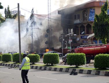 Ledakan Bom Luluh Lantakkan Pusat Perbelanjaan di Nigeria