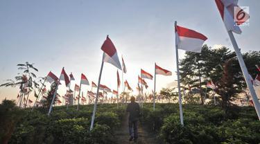 1.970 Bendera Merah Putih Berkibar di Lereng Gunung Lawu