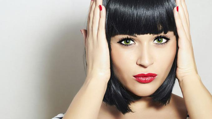 Cara Mengatasi Masalah Rambut Berponi - Beauty Fimela.com c8cdd0ea48