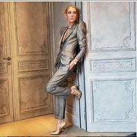 Tidak hanya tampil dengan setelan silver di Paris Haute Couture Fashion Week 2019, Celine pun memiliki busana yang lain. (dok. Instagram @celinedion/https://www.instagram.com/p/Bs_QIEyA_iK//Esther Novita Inochi)