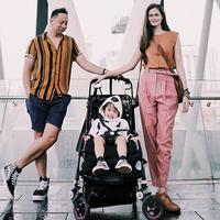 Ringgo Agus Rahman dan keluarga kecilnya di Tokyo. (Instagram/ringgoagus)