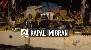 Sebuah kapal imigran asal Libya diselamatkan oleh organisasi kemanusiaan asal jerman. Kapal mengangkut puluhan imigran termasuk wanita dan anak-anak.