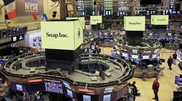 Saham Snap perusahaan di balik aplikasi social media sukses Snapchat sempat menguat tajam saat dijual perdana awal Maret. VOA