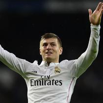 Toni Kroos memiliki andil besar dalam memberikan gelar Liga Champions untuk Real Madrid setelah didatangkan pada 2014 silam. Sebelumnya, Kroos juga berhasil mempersembahkan gelar tersebut bersama Bayern Munchen di tahun 2013. (AFP/Javier Soriano)