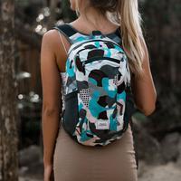 Matador, brand outdoor equipment kini meluncurkan seri baru yang berwarna-warni, terinspirasi dari pantai dan musim panas. | dok. MORE by Morello