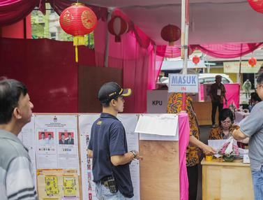 Nuansa Budaya Tionghoa Hiasi TPS 08 Petak Sembilan