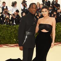 Kylie Jenner dan Travis Scott (Jamie McCarthy / GETTY IMAGES NORTH AMERICA / AFP)