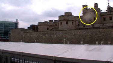 Seorang paranormal mampu merekam kehadiran hantu di sebuah menara bersejarah di London, Inggris.