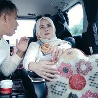 Pasangan Vicky Prasetyo dan Angel Lelga kembali menjadi perbincangan publik. Kali ini, Angel Lelga terlihat marah dengan suami yang menikahinya beberapa bulan lalu. (Instagram/vickyprasetyo777)