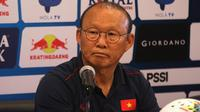 Pelatih Timnas Vietnam, Park Hang-seo. (Bola.com/Aditya Wany)