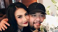 Sekitar setahun pasangan Vanessa Angel dan Didi Mahardika menjalin kasih. Kabar batal telah berhembus sekitar seminggu belakangan ini makin menguat lantaran Anggel belum mau memberi keterangan terkait hubungannya. (Instagram/vanessaangelofficial)