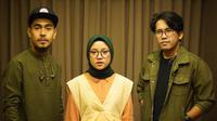 Beredar kabar jika Nissa Sabyan disebut pelakor dan berselingkuh dengan keybordis band-nya. (Sumber: Instagram/@sabyan_gambus)