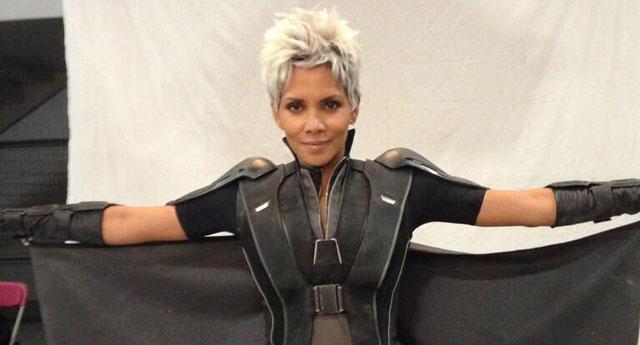 Halle Berry saat syuting X-Men: Days of Future Past.