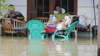 Banjir yang merendam Desa Wanakaya Kecamatan Gunung Jati Kabupaten Cirebon menyebabkan 90 hektare sawah mengalami gagal panen. (Liputan6.com / Panji Prayitno)