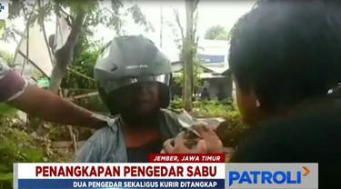 Polisi yang menghentikan motor pelaku lalu melakukan penggeledahan. Hasilnya, satu paket sabu-sabu siap pakai ditemukan.