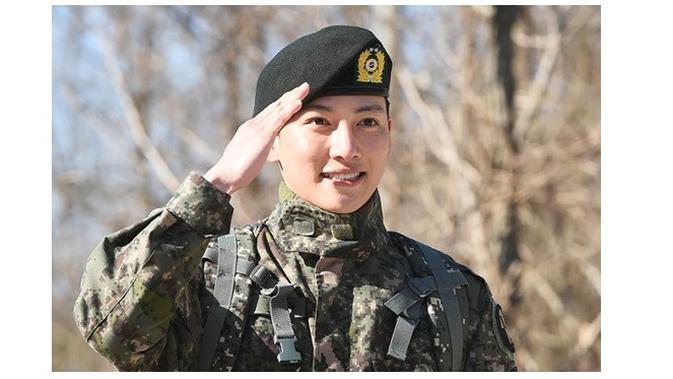 Selesai Wajib Militer, Ji Chang Wook Berburu Makanan Enak
