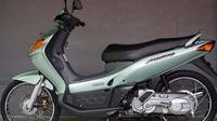 Yamaha Nouvo 2002 (Otosia.com)