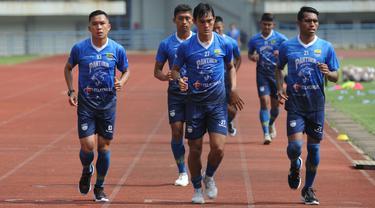 FOTO: Gelar Latihan, Persib Bandung Panggil Pemain Cabutan