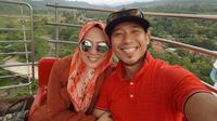 Shanty Widihastuty dan Denny Cagur (Instagram/@shantydenny)