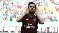 6. Suso - Satu sosok yang menjadikan AC Milan Bangkit dikancah domestik. Namun di timnas Spanyol, Suso masih kesulitan masuk ke skuad timnas Spanyol dikarenakan tidak dibutuhkannya Suso di skema Lopetegui. (AFP/Miguel Medina)