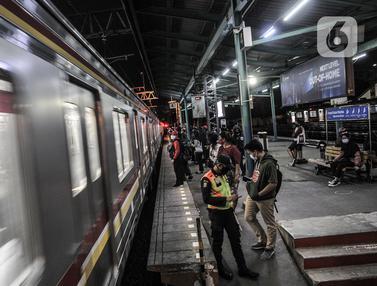 Pembatasan Jam Operasional KRL Selama PSBB Ketat Jakarta