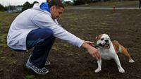Klay Thompson bersama anjing kesayangannya (Scott Strazzante, The Chronicle)