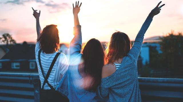 25 Kata Kata Perpisahan Untuk Sahabat Sejati Yang Menyentuh