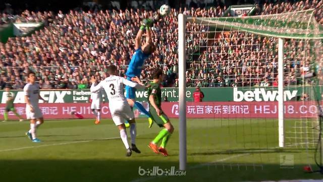 Eintracht Frankfurt menelan kekalahan saat bertandang ke kandang Werder Bremen dengan skor 2-1 di Bundesliga Minggu (1/4). Tuan ru...