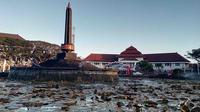Alun - alun Tugu atau Taman Tugu Malang tepat di depan Balai Kota Malang(Liputan6.com/Zainul Arifin)