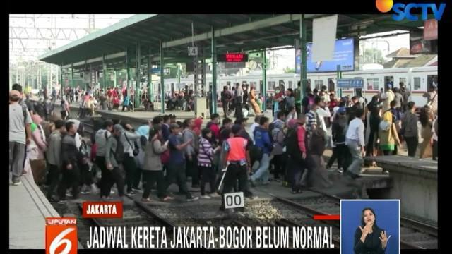 Penumpang tujuan Bogor dari Stasiun Manggarai hanya bisa turun di Stasiun Bojong Gede.