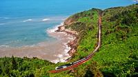 Jalur kereta api dari Hanoi ke Ho Chi Minh City, Vietnam. (mrlinhadventure.com)