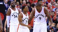 Selebrasi pemain Raptors usai kalahkan Bucks (AFP)