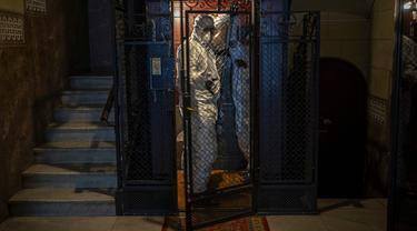 FOTO: Mereka yang Mengumpulkan Jenazah COVID-19 di Spanyol