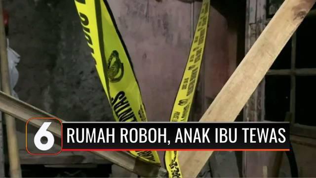 Sebuah rumah berlantai dua di Kalideres, Jakarta Barat, tiba-tiba ambruk pada Sabtu (23/10) malam. Akibatnya seorang ibu dan balita tewas tertimbun reruntuhan puing bangunan. Belum diketahui pasti penyebab ambruknya rumah tersebut.