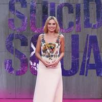 Kecintaannya terhadap Harley Quinn di film Suicide Squad membuat ia merencanakan akan membuat film tersendiri untuk Harley Quinn.