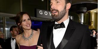 Hubungan pernikahan Jennifer Garner dan Ben Affleck memang belum resmi bercerai, namun keduanya telah berpisah sejak dua tahun silam. Belakangan ini tersiar kabar Ben dan Jenn akan segera meresmikan perceraian mereka. (AFP/Bintang.com)
