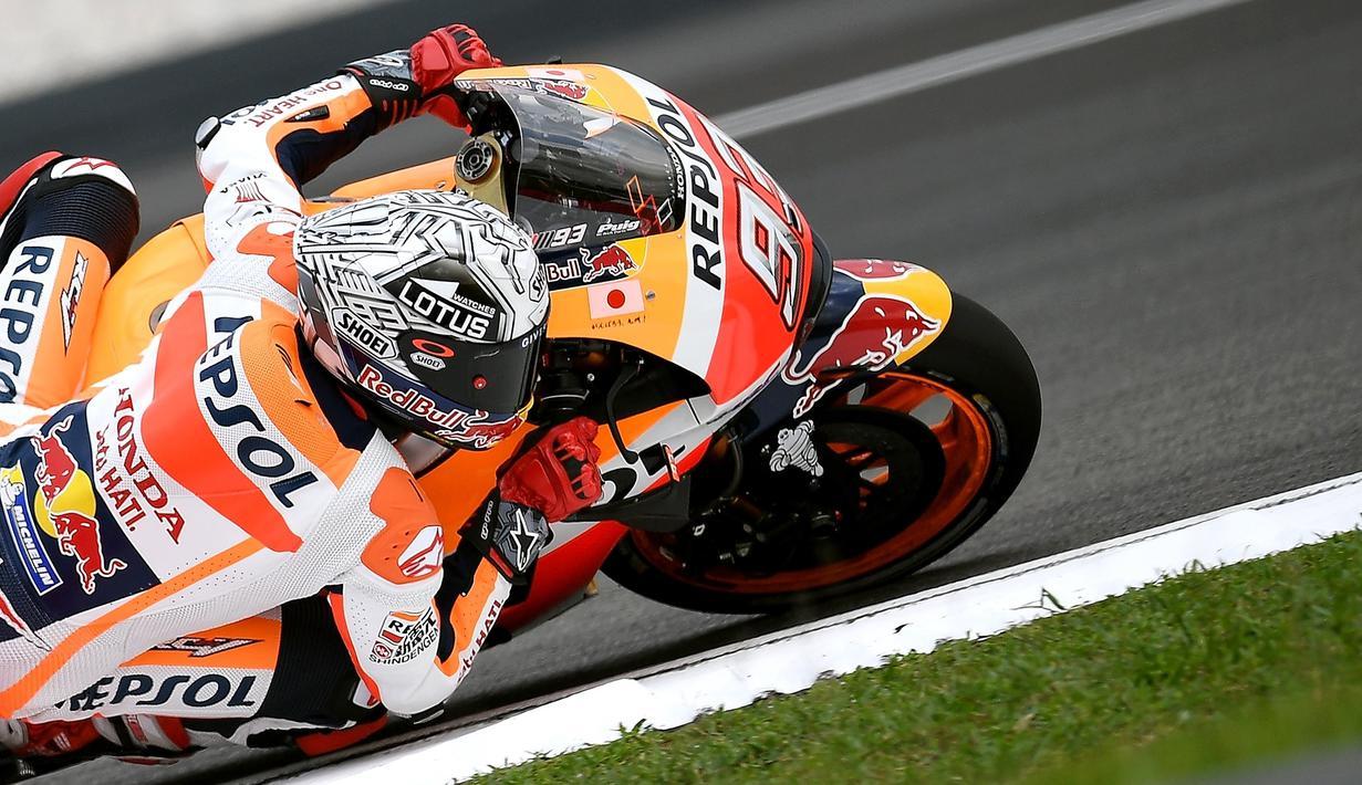 Marc Marquez kuasai latihan bebas MotoGP Malaysia hari pertama yang berlangsung di Sirkuit Sepang, Malaysia, Jumat (28/10/2016). (AFP/Manan Vatsyayana)