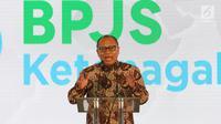 Direktur Utama BPJS Ketenagakerjaan Agus Susanto memberi sambutan saat peresmian proyek pembangunan Social Security Tower, Jakarta. Selasa (30/5). (Liputan6.com/Angga Yuniar)