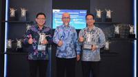 TMMIN menerima penghargaan dari Bank Indonesia untuk kategori Pengelola Utang Luar Negeri Terbaik dan Responden Statistik Terbaik. (TMMIN)