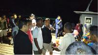Perahu Tenggelam di Batam. (Liputan6.com/Ajang Nurdin)