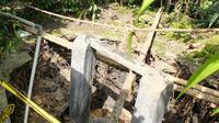 Tanah ambles yang menyedot sumur ke dalam bumi menambah deretan fenomena aneh tanah di Gunungkidul. (Liputan6.com/Yanuar H)