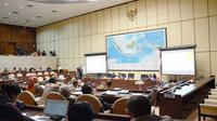Komisi II DPR menyetujui Peraturan Komisi Pemilihan Umum (PKPU) tentang Pemutahiran Data dengan catatan.