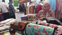 Salah satu hasil produk UKM Kota Tangerang, Banten. (Liputan6.com/Pramita Tristiawati)